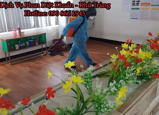 diet con trung tien giang